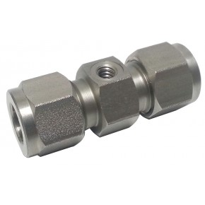 "S.S. Nozzle Union 3/8"" x 10/24 Thread"